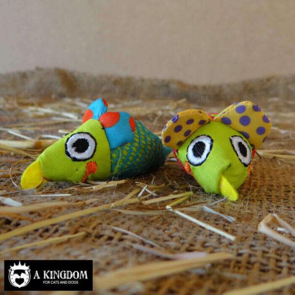 Gebit reinigende & verzorgende speeltjes in de vorm van speelmuizen.